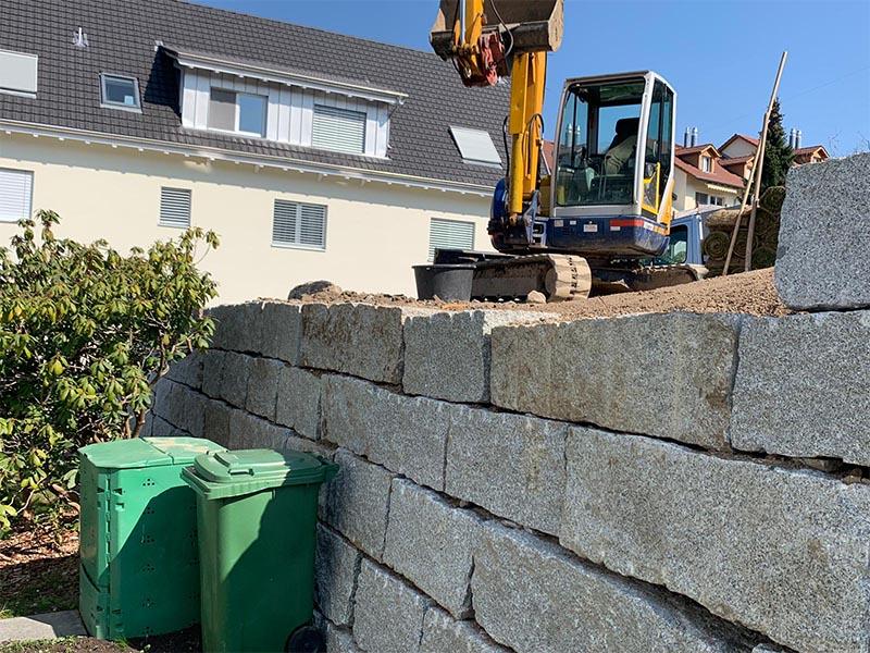 Strassenabgrenzung Mauer